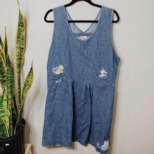 • DISNEY • Pooh bear embroidered jean dress